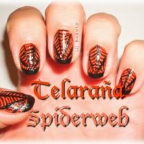 Nail Friday: Halloween Telarañas y  Fantasmitas spiderwebs and ghots manicure Silvia Quiros