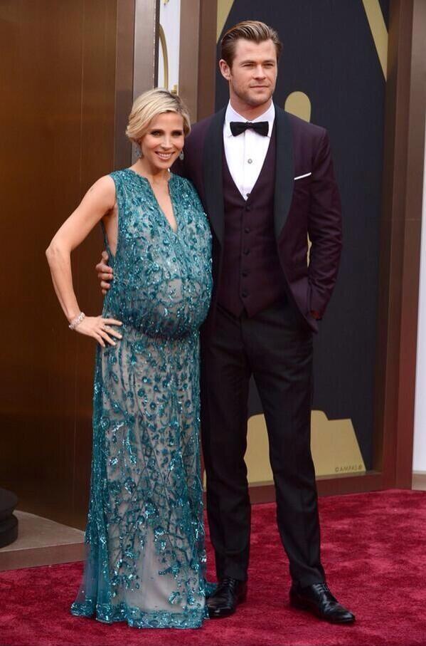 Elsa Pataki y Chris Hemsworth