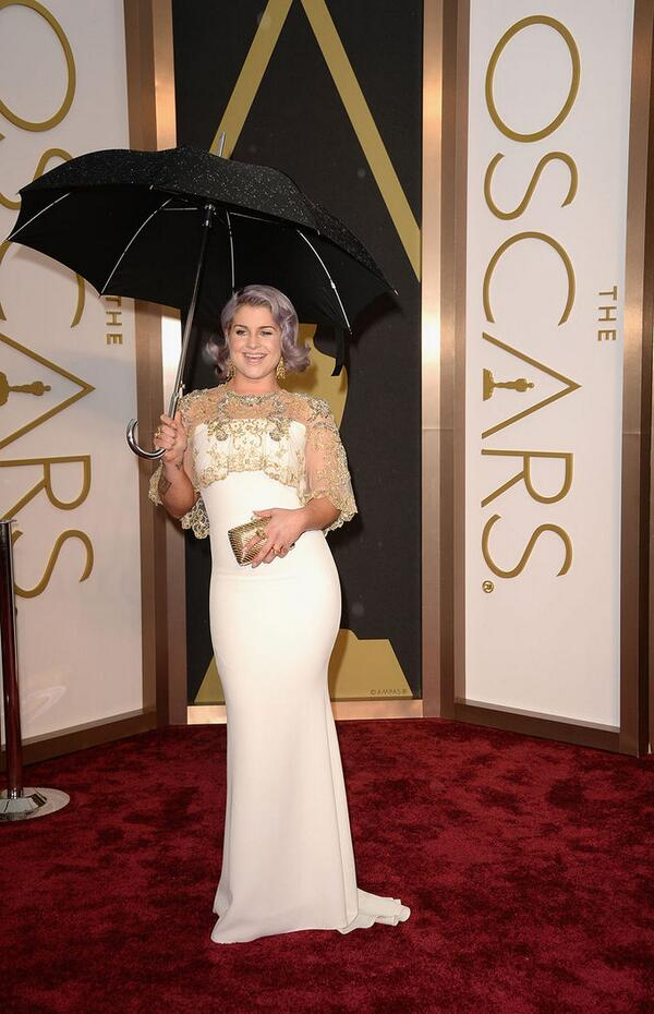 Kelly Osbourne de Badgley Mischka