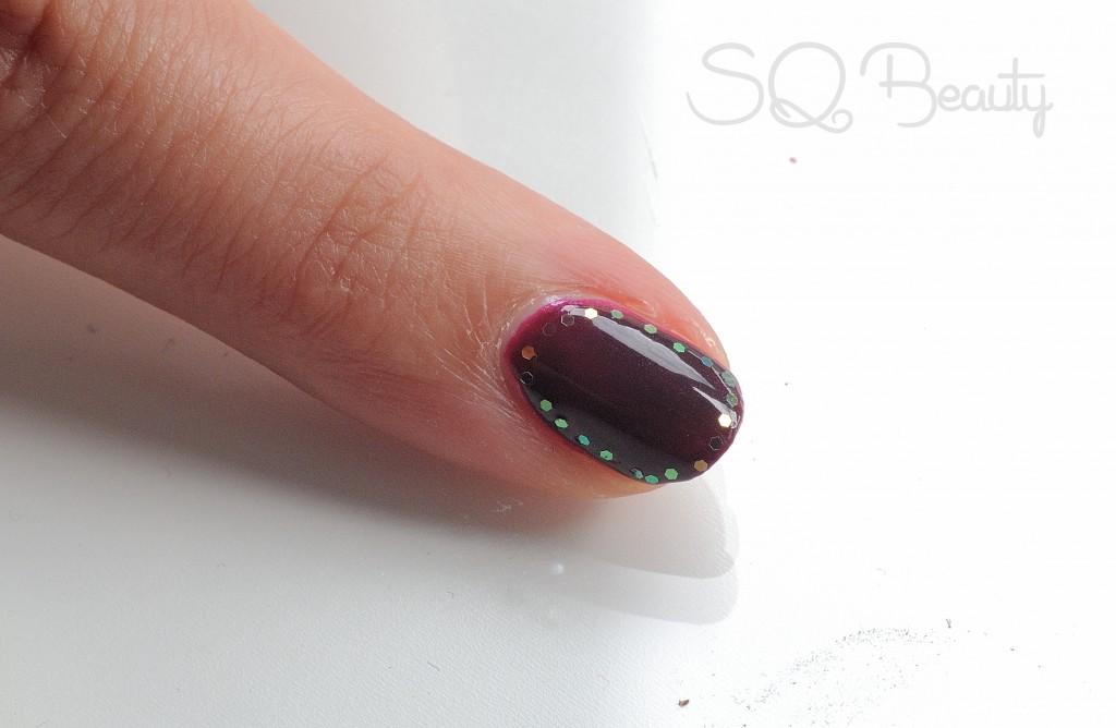 Nail Friday Manicura marco purpurina