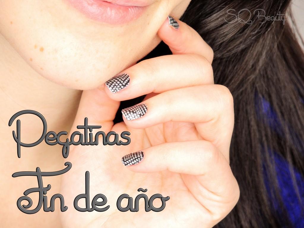 Nail Friday: Pegatinas manicura Fin de año