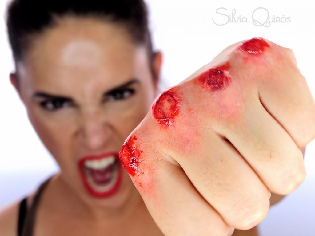 Efecto puños de pelea pelados