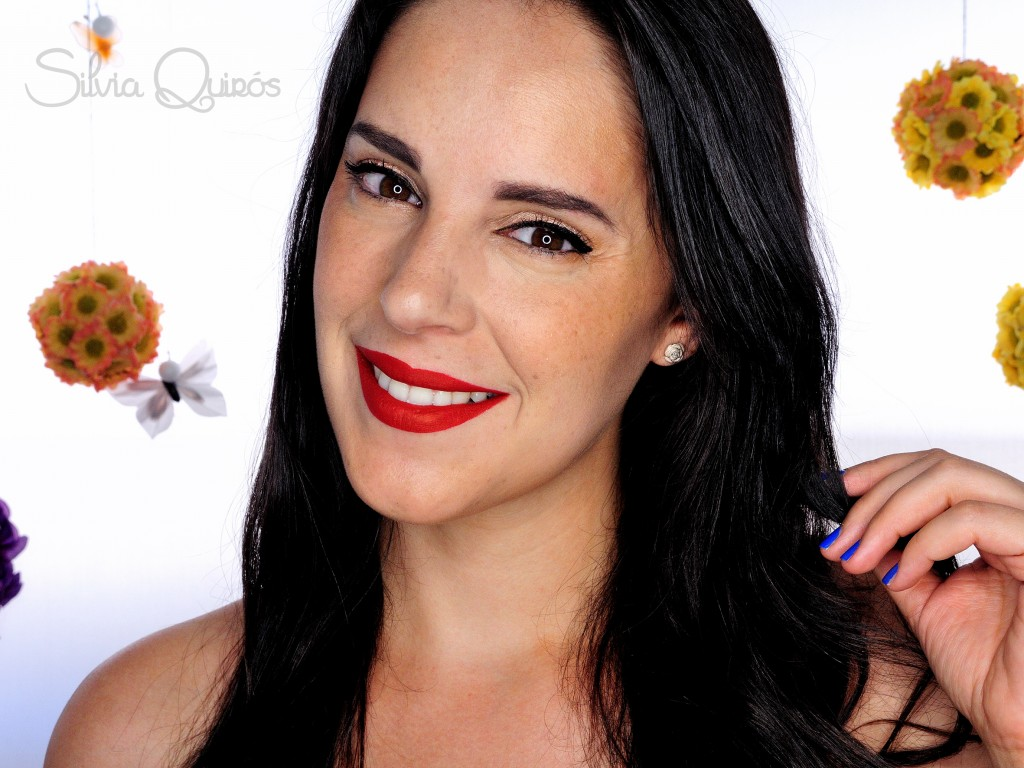 Pin up sweat resistant makeup silvia quir s - Maquillage pin up ...