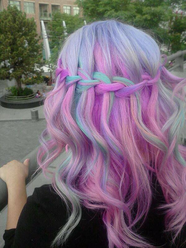 Cabello arco iris, nueva moda?