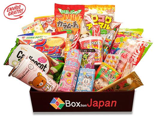 Probando chuches de Box from Japan con mi hermana
