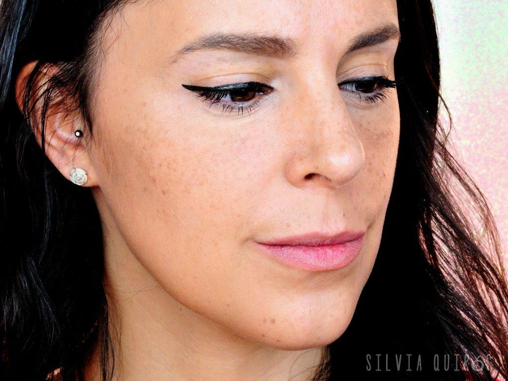 Probando productos de cejas de Sleek Makeup