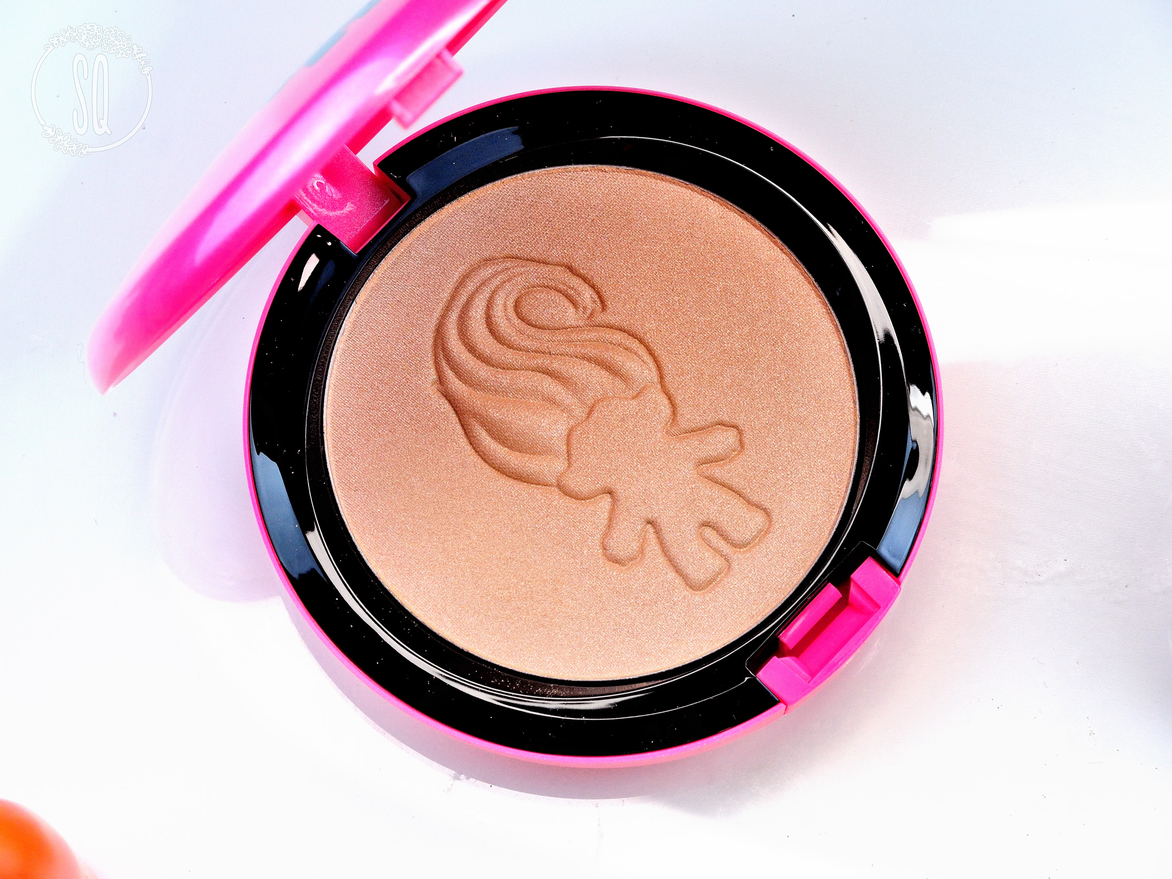 Beauty Powder Glow Rida Good Luck Trolls M·A·C