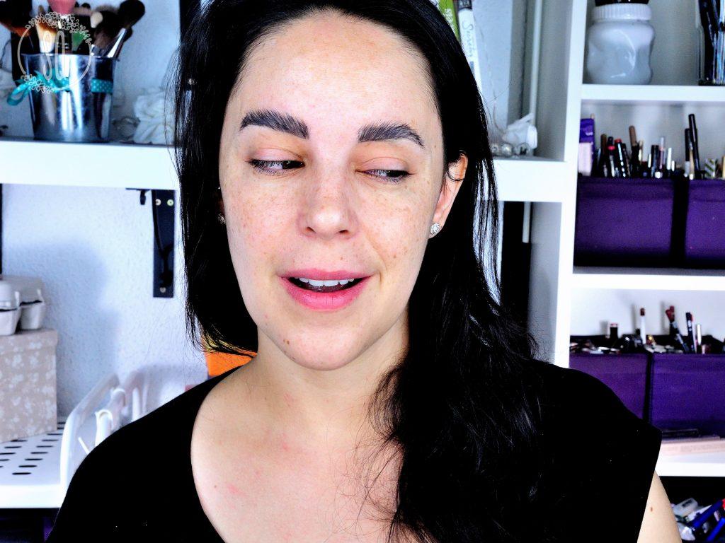 Probando la técnica de cejas con jabón de Pixiwoo