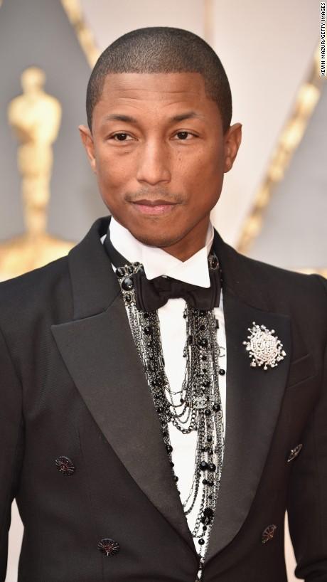 Pharrell Williams en Chanel
