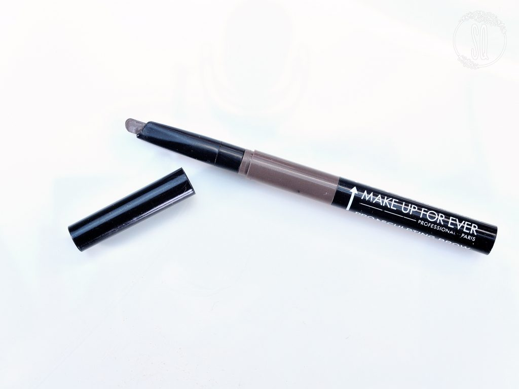 Pro sculpting brow tono 40  Make Up For Ever