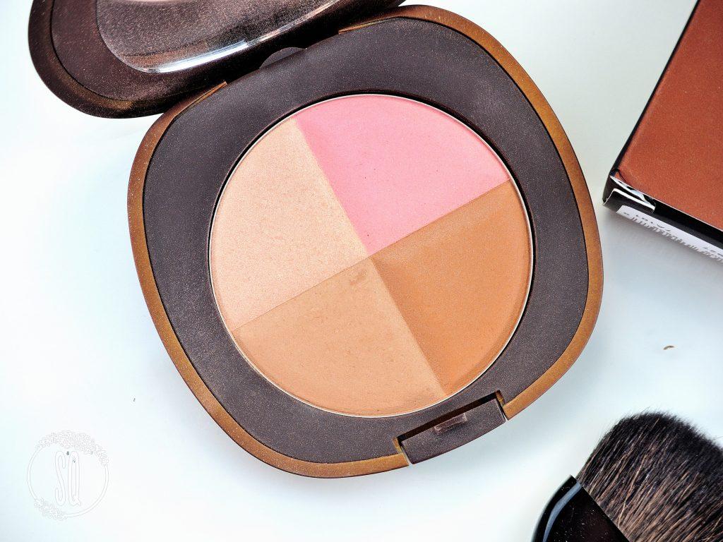 Probando novedades de maquillaje de Elizabeth Arden