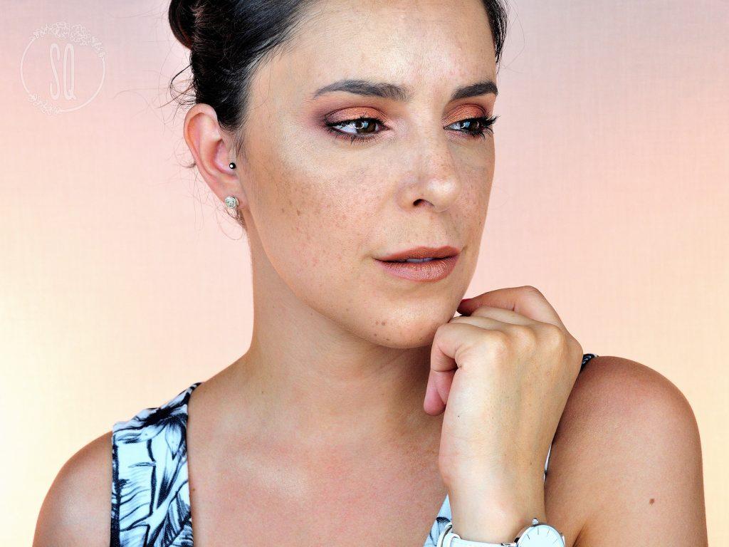 Maquillaje tendencia de verano en tonos bronce