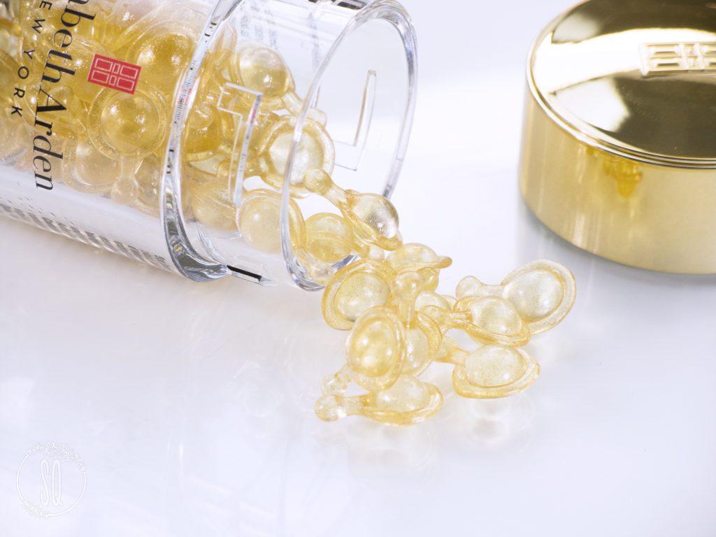 Cápsulas Advanced Ceramide Capsules Daily Youth Restoring Serum de Elizabeth Arden