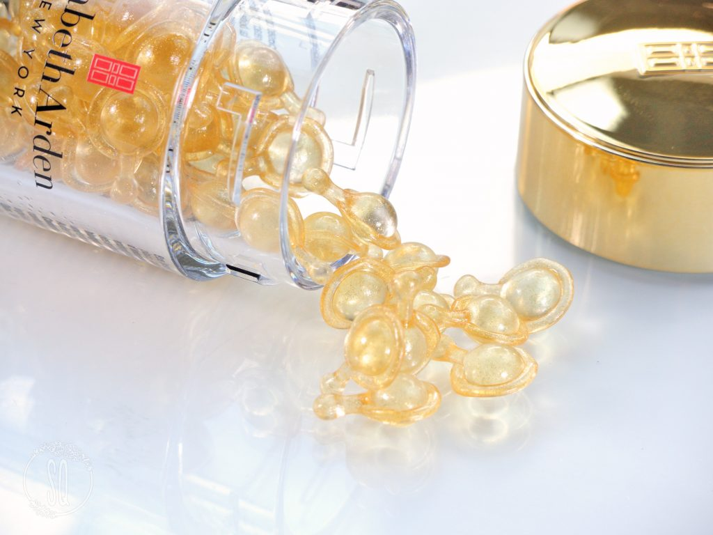 Cápsulas Advanced Ceramide Capsules Daily Youth Restoring Eye Serum de Elizabeth Arden