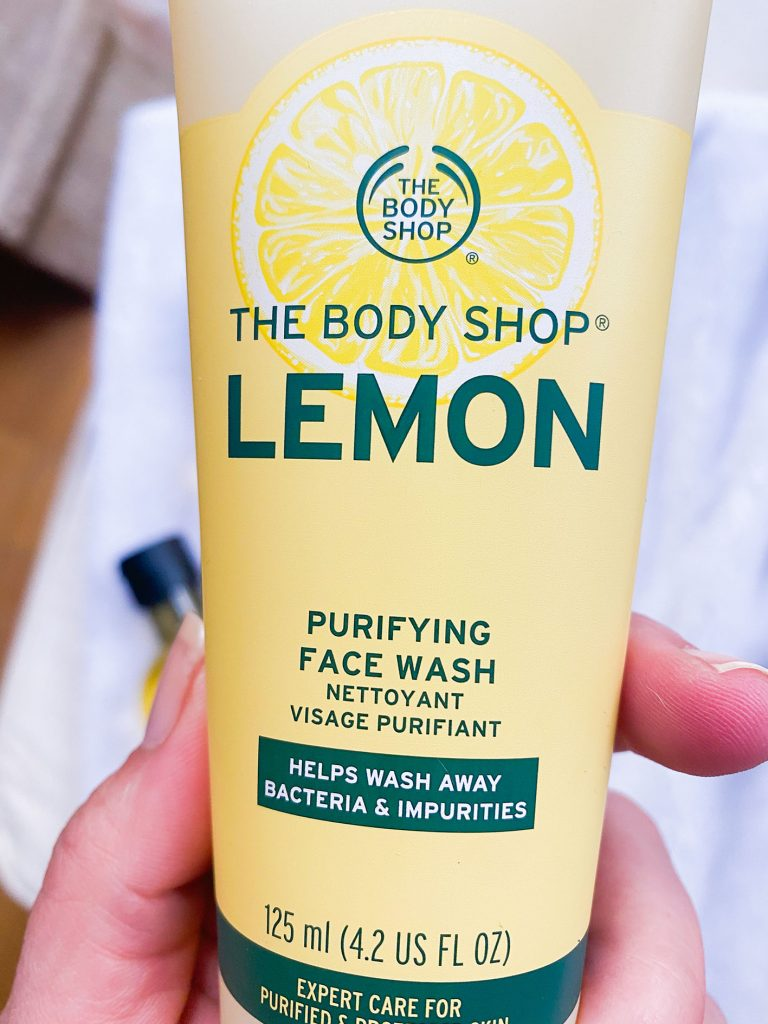 Gel facial línea LEMON the Body Shop